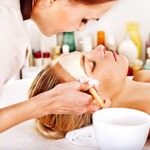 BEAUTY THERAPY LEVEL 2 WITH PRACTICAL TRAINING